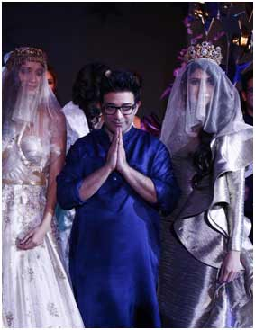 India – Suneet Varma celebrates three decades with Couture Show 'The Shining Star'