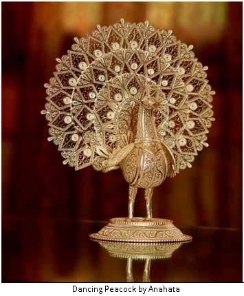 dancing-peacock-anahata