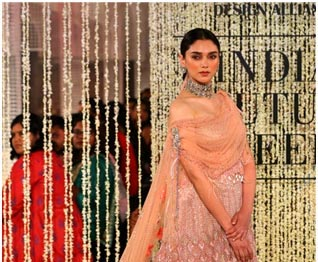 The Indian Wedding in Pastel Hues
