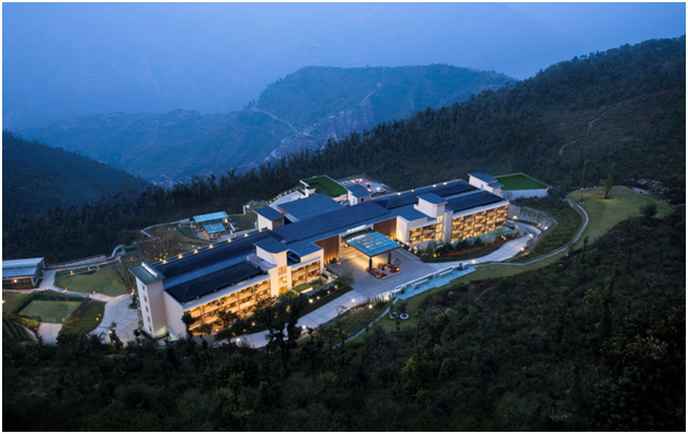 India – JW Marriott Mussoorie Walnut Grove Resort Wins 2019 Travellers' Choice Award