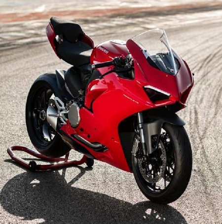 2 cylinders from the Panigale V4