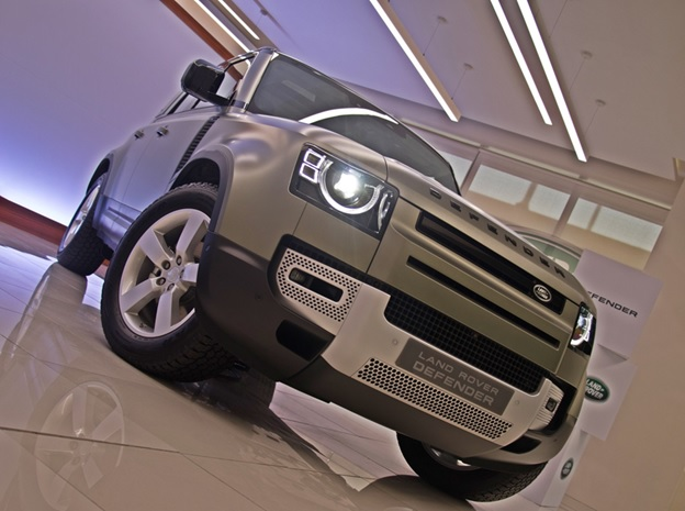 PREVIEWNew Land Rover DefenderMoving on with Times