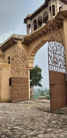 Tijara Fort-Palace by Neemrana Hotels