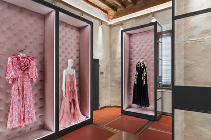 Italy – Gucci opens new home for its Archive Collection on its 100th Anniversary